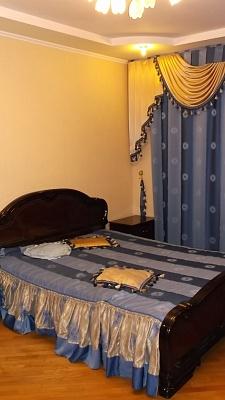 4-комнатная квартира посуточно в Сумах. Заречный район, ул. Прокофьева, 26. Фото 1