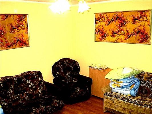2-комнатная квартира посуточно в Николаеве. Центральный район, ул. Соборная (Советская), 39. Фото 1