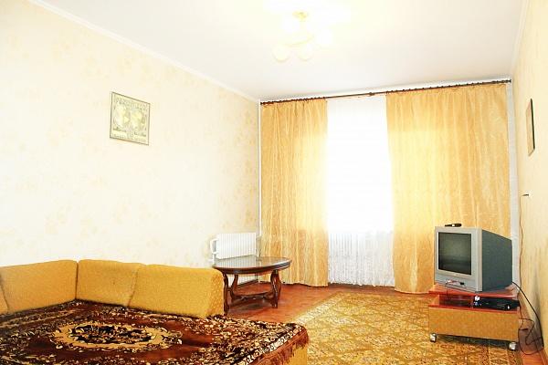 1-комнатная квартира посуточно в Сумах. Заречный район, ул. Прокофьева, 25а. Фото 1