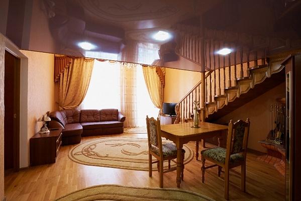 2-комнатная квартира посуточно в Львове. Галицкий район, ул. Нижанковского, 3. Фото 1
