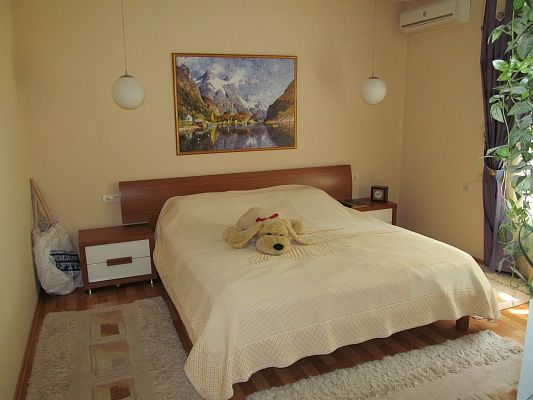 1-комнатная квартира посуточно в Измаиле. пр-т Суворова, 52. Фото 1