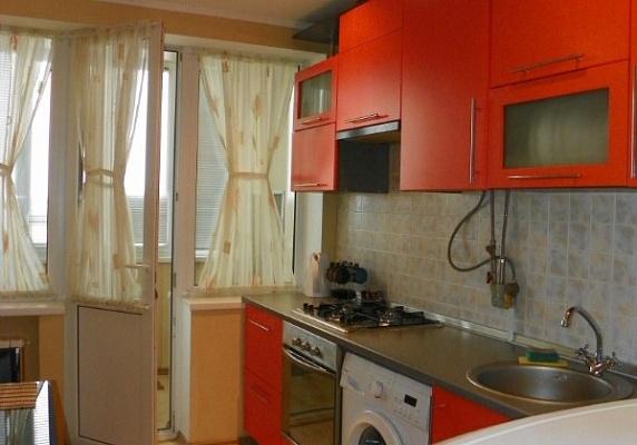 1-комнатная квартира посуточно в Полтаве. Октябрьский район, ул. Красноармейская. Фото 1
