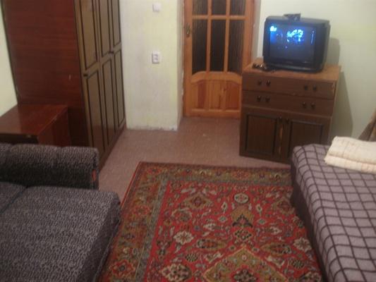 2-комнатная квартира посуточно в Одессе. Приморский район, ул. Маразлиевская, 16. Фото 1