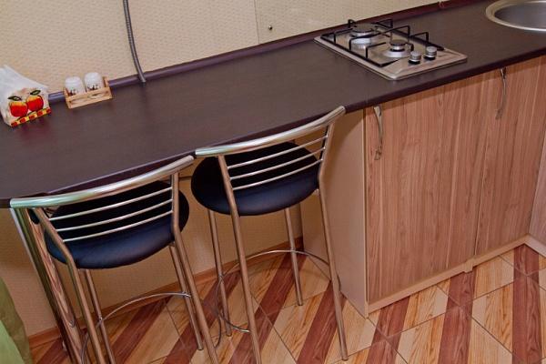1-комнатная квартира посуточно в Черкассах. ул.Симоненко, 3. Фото 1