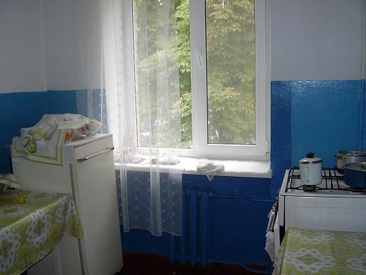 1-комнатная квартира посуточно в Миргороде. ул. Гоголя, 123. Фото 1