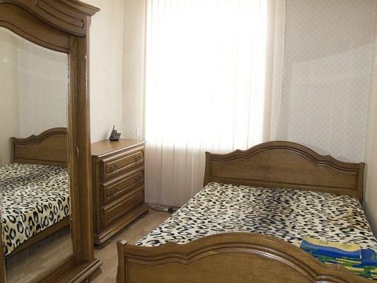 3-комнатная квартира посуточно в Одессе. Приморский район, ул. Б. Арнаутская, 89. Фото 1