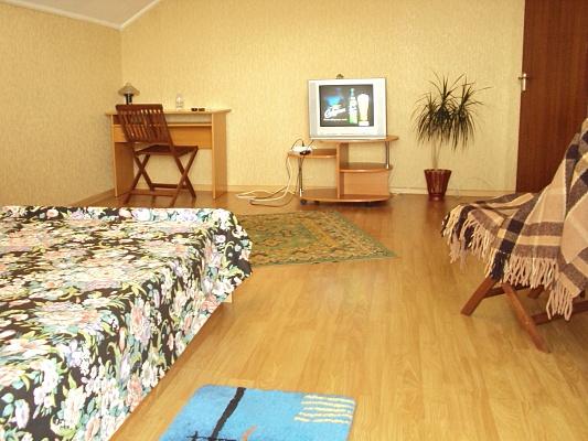 2-комнатная квартира посуточно в Тернополе. Князя Острожского, 6. Фото 1