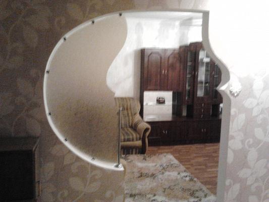 1-комнатная квартира посуточно в Алчевске. ул. Гмыри, 59. Фото 1