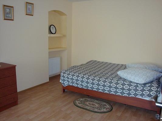 1-комнатная квартира посуточно в Тернополе. ул. Шептицкого, 5а. Фото 1