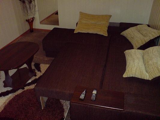 2-комнатная квартира посуточно в Запорожье. Жовтневый район, пер. Тихий, 3. Фото 1