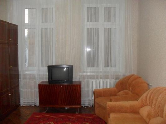 2-комнатная квартира посуточно в Одессе. Приморский район, пер. Воронцовский, 8. Фото 1