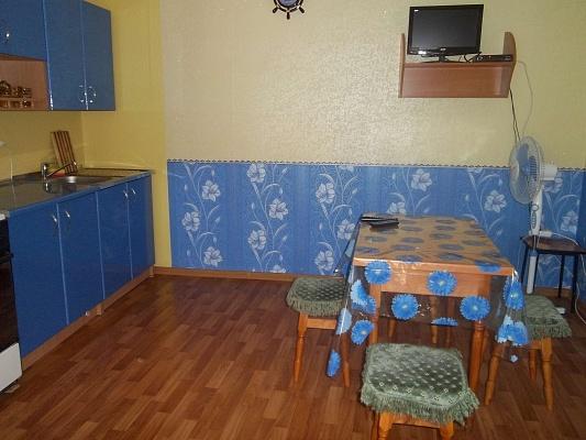 5-комнатная квартира посуточно в Феодосии. ул. Профсоюзная, 23. Фото 1
