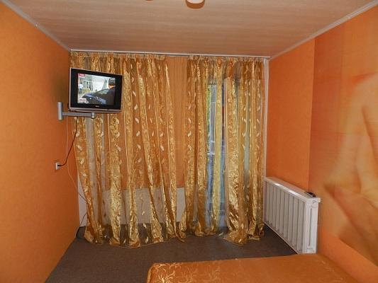2-комнатная квартира посуточно в Запорожье. Орджоникидзевский район, Яценко, 1. Фото 1