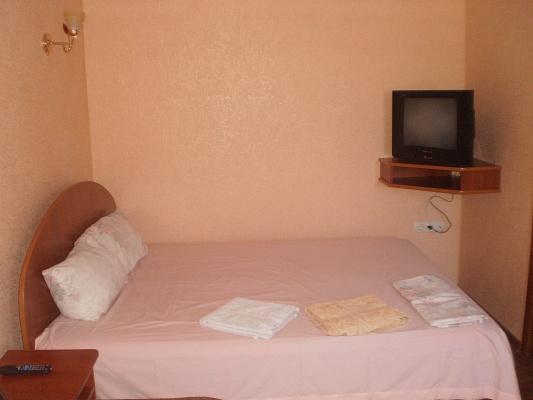1-комнатная квартира посуточно в Виннице. Старогородский район, ул. Ермака, 1. Фото 1