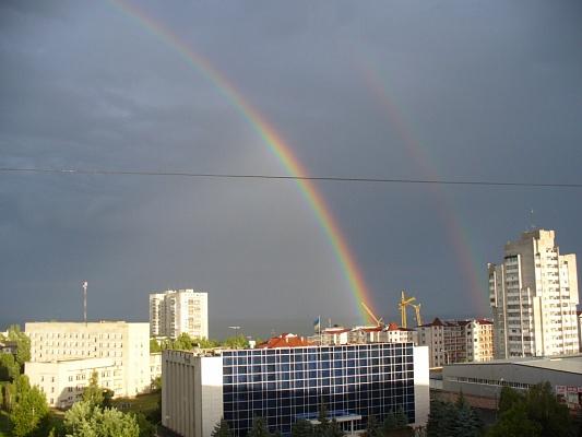 2-комнатная квартира посуточно в Ильичёвске. Пригород район, ул. Ленина, 22. Фото 1