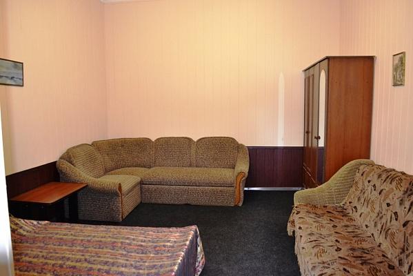 1-комнатная квартира посуточно в Алупке. ул. Фрунзе, 11. Фото 1