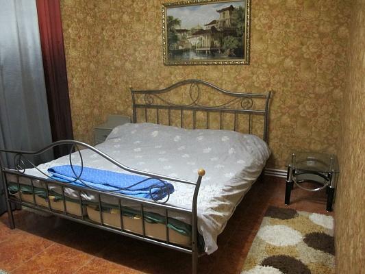 1-комнатная квартира посуточно в Новой Каховке. пр-т Победы, 12а. Фото 1