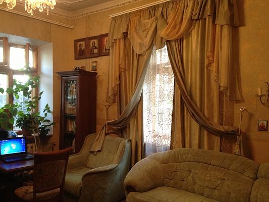 1-комнатная квартира посуточно в Одессе. Приморский район, ул. Дегтярная, 15. Фото 1