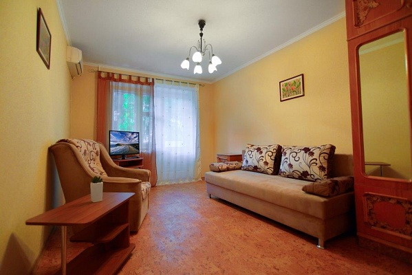 2-комнатная квартира посуточно в Одессе. Приморский район, ул. Черняховского, 3. Фото 1