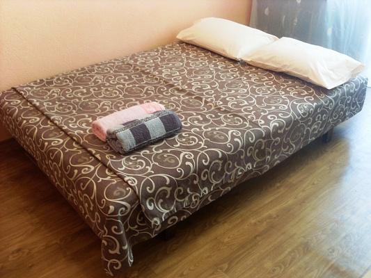 1-комнатная квартира посуточно в Черкассах. б-р Шевченко, 246. Фото 1