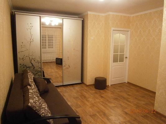 1-комнатная квартира посуточно в Одессе. Киевский район, ул. Космонавтов, 3. Фото 1