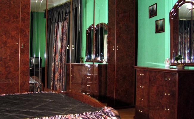 3-комнатная квартира посуточно в Полтаве. Октябрьский район, ул. Шевченко, 22. Фото 1