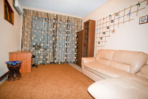 1-комнатная квартира посуточно в Мариуполе. пр.Ленина, 77а. Фото 1