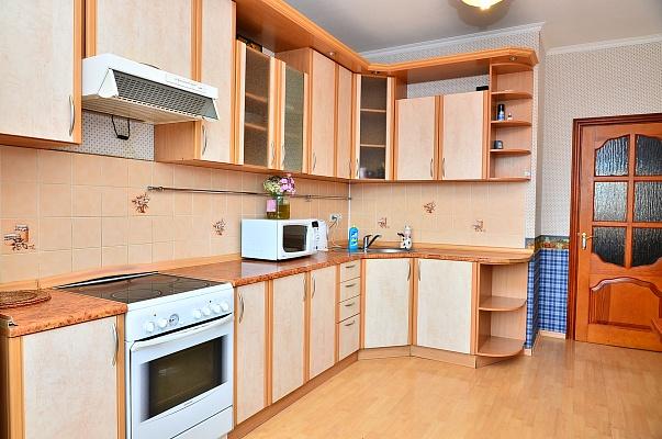 3-комнатная квартира посуточно в Мариуполе. б-р Шевченко, 339. Фото 1