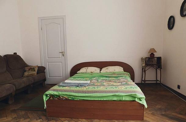 1-комнатная квартира посуточно в Львове. Галицкий район, пл. Генерала Григоренко, 5. Фото 1