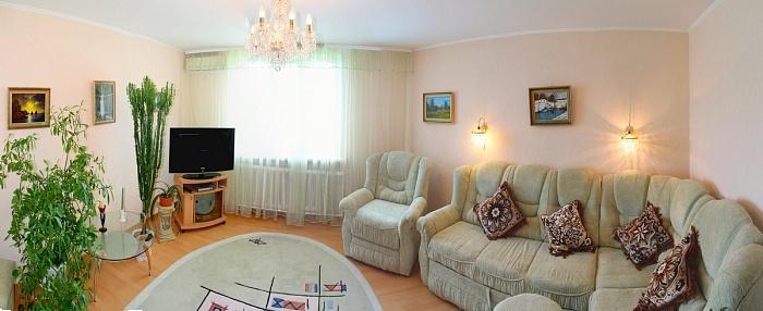 3-комнатная квартира посуточно в Севастополе. Ленинский район, ул. Николая Музыки, 58. Фото 1