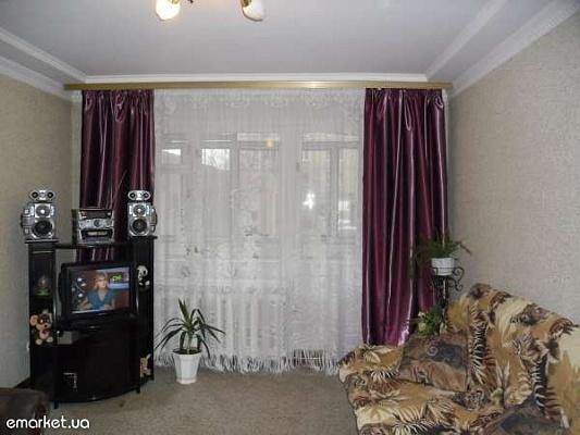 2-комнатная квартира посуточно в Львове. Сиховский район, ул. Кавалеридзе, 10. Фото 1
