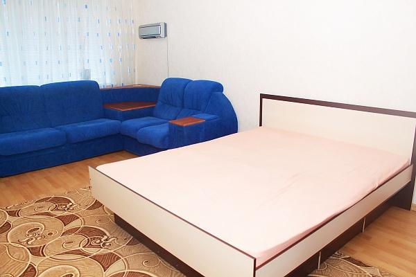 1-комнатная квартира посуточно в Сумах. Ковпаковский район, ул. Пролетарская, 52. Фото 1