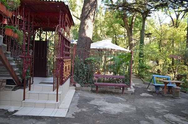 3-комнатная квартира посуточно в Ялте. кирова, 7. Фото 1