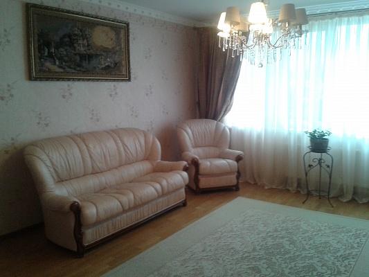 2-комнатная квартира посуточно в Трускавце. ул. Ивасюка, 10. Фото 1