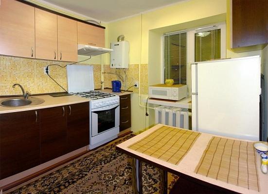 3-комнатная квартира посуточно в Трускавце. ул. Ивасюка, 1/72. Фото 1