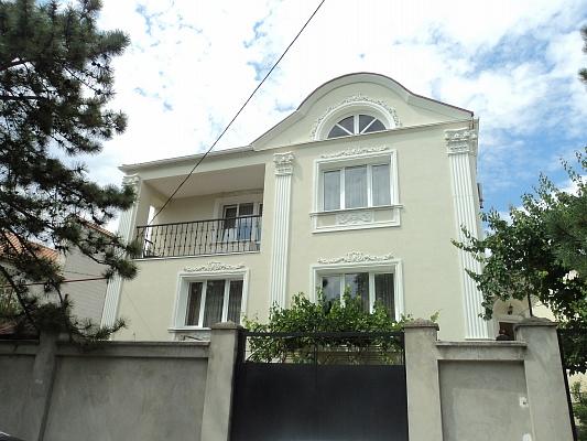 Дом  посуточно в Евпатории. ул. Пушкина, 34. Фото 1