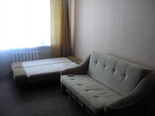 Комната  посуточно в Евпатории. пр-т Ленина, 48. Фото 1