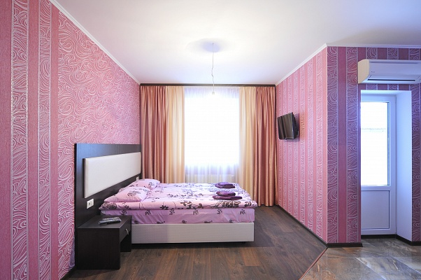 1-комнатная квартира посуточно в Киеве. Днепровский район, ул. Сагайдака, 96. Фото 1