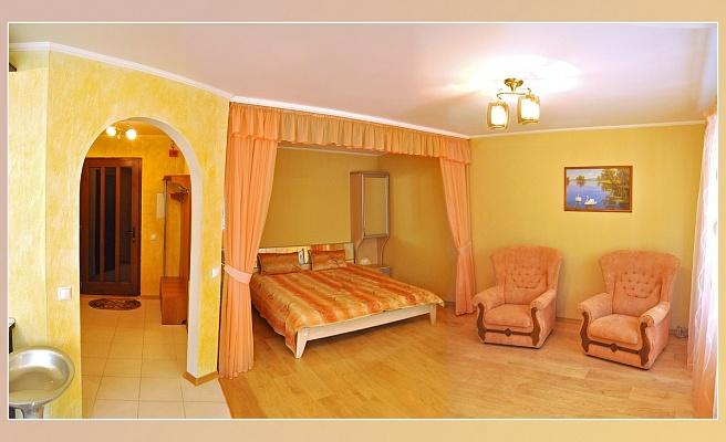 1-комнатная квартира посуточно в Николаеве. Центральный район, ул. Лягина, 26. Фото 1
