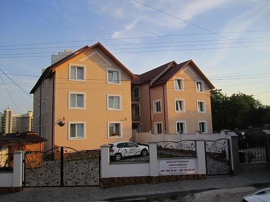 Мини-отель  посуточно в Трускавце. ул. Помирецкая, 24а. Фото 1