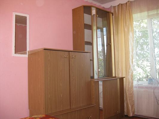 1-комнатная квартира посуточно в Одессе. Суворовский район, ул. Лузановская, 80. Фото 1