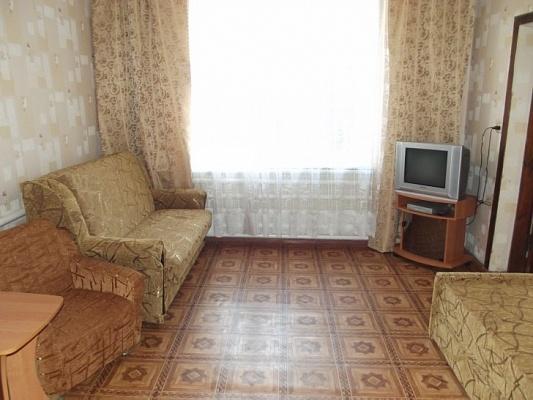 Дом  посуточно в Феодосии. ул. Войкова, 53. Фото 1