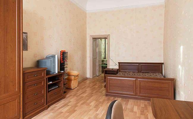 1-комнатная квартира посуточно в Одессе. Приморский район, ул. Екатериненская, 21. Фото 1