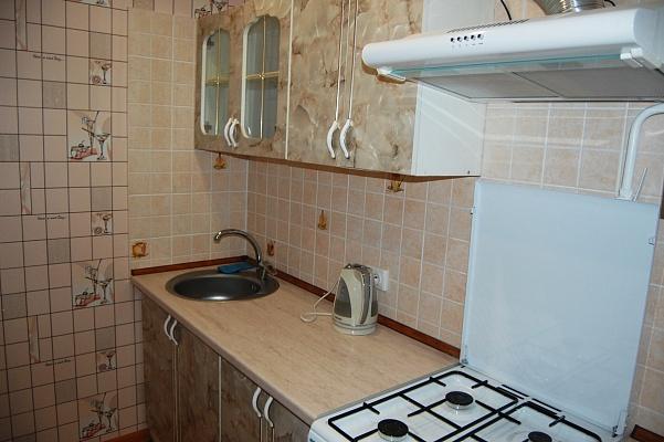 1-комнатная квартира посуточно в Умани. ул. Шевченко, 21. Фото 1