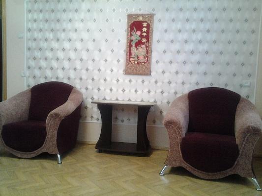 2-комнатная квартира посуточно в Севастополе. Гагаринский район, ул. Юмашева, 20. Фото 1