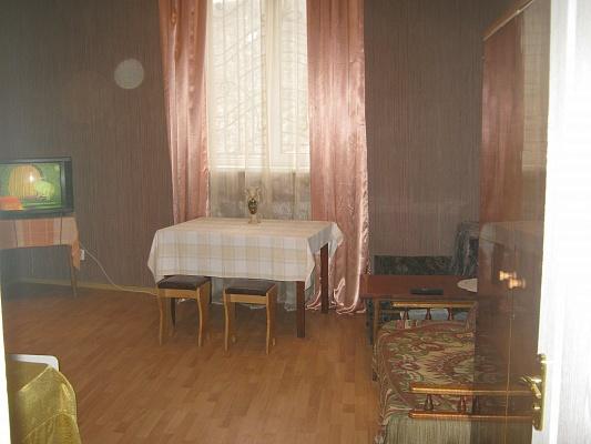 2-комнатная квартира посуточно в Львове. Галицкий район, ул. Под Дубом, 14. Фото 1