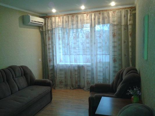 1-комнатная квартира посуточно в Горловке. ул. Пушкинская, 57. Фото 1