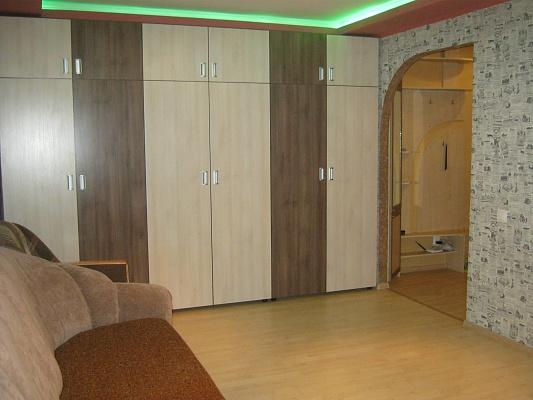 1-комнатная квартира посуточно в Житомире. ул. Киевская, 61. Фото 1