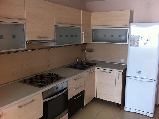 2-комнатная квартира посуточно в Одессе. Киевский район, ул. Академика Королёва, 24. Фото 1