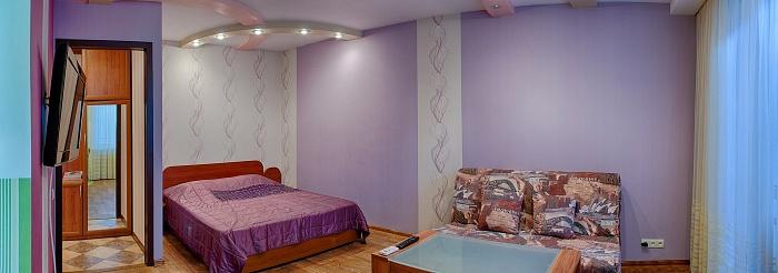 1-комнатная квартира посуточно в Мариуполе. пр. Строителей, 111. Фото 1
